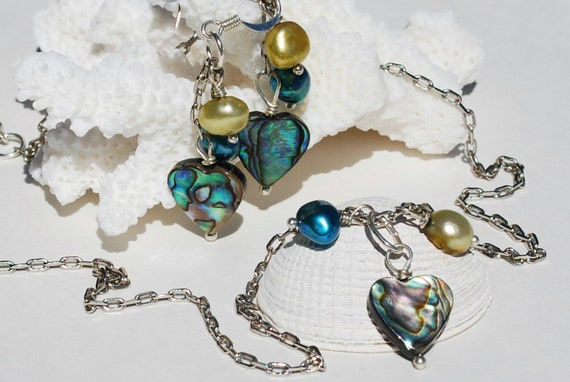 Abalone Necklace and Pearls  Paua Shell Jewelry Beach Jewelry Abalone Jewelry Ocean Jewelry Sea Shell Necklace & Earrings Set of 2 Mermaid
