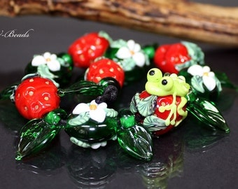 AV-Beads handmade Lampwork Set SRA Strawberrys