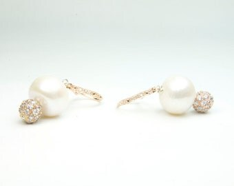 Rose Gold and Pearl Earring, Bridal Jewelry, Rose Gold and Pearl Bridal Earrings, Dainty Rose Gold and Pearl Earrings