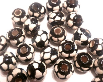 New 20 Soccer Football World Cup Ceramic Round Balls Beads 11mm