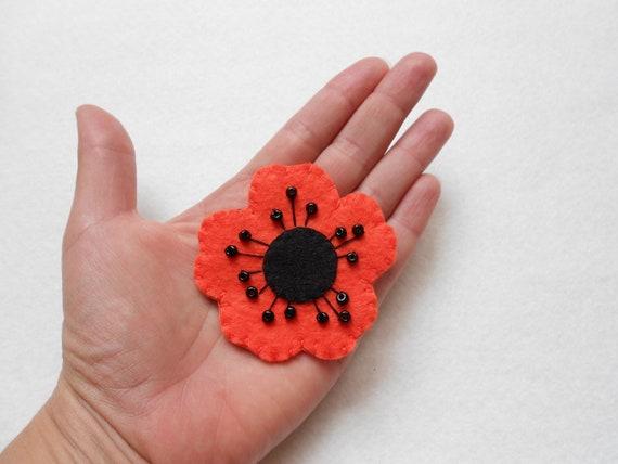 Orange poppy felt pin