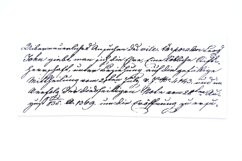 Old fashioned handwriting alphabet 15