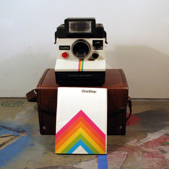 Vintage Polaroid One Step Land Camera with Rainbow with Case