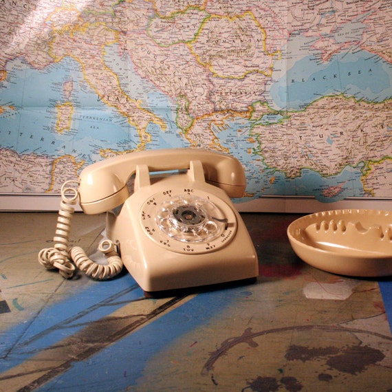 Vintage ITT White Rotary Phone