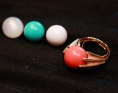Gold Tone Costume Ring with Multiple Color Marbles