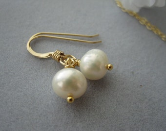 Simple, Everyday, Dangle Earrings, 14kt gold fill earrings, freshwater pearl, swarovski pearl earrings