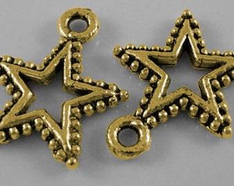 10 Antique Gold Pewter STAR Charm Pendants  17x15mm  chg0074
