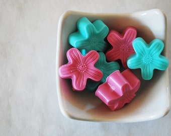 Hibiscus Soap Favors Set of 6