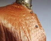 1940s 50s housecoat loungewear quilted apricot  satin dramatic hip pockets