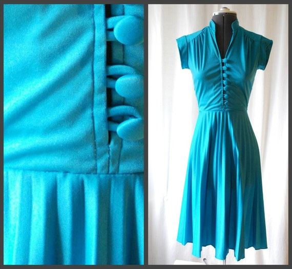 vintage 70s turquoise disco queen pleated day dress