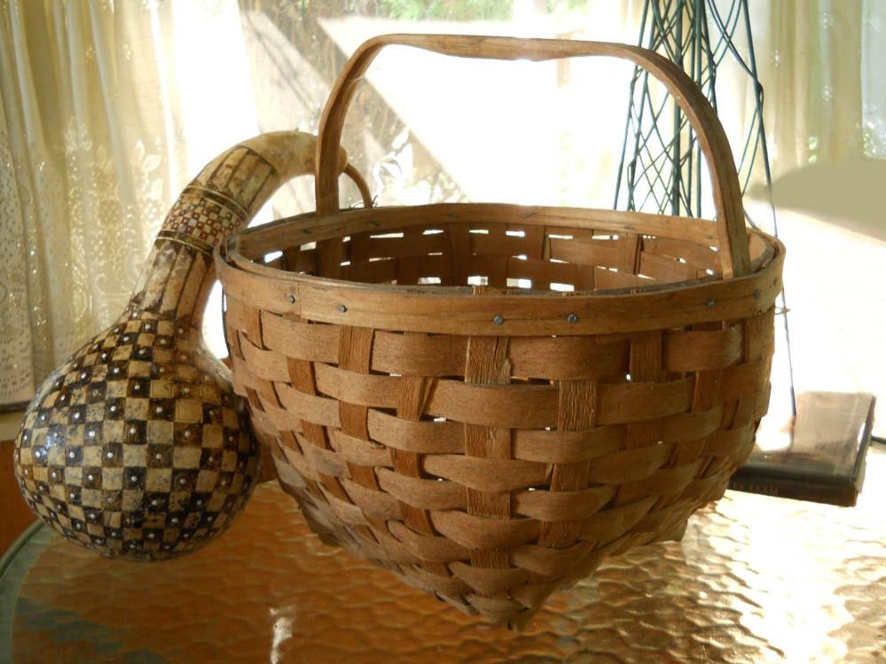 Handmade Nantucket Basket : Large vintage hand woven nantucket basket hardwood carved