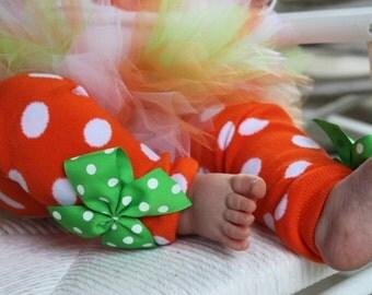 Pumpkin Leg Warmers -- Bow Leg Warmers -- orange and white polka dots for baby girls in regular and newborn size