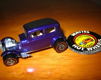Vintage HOT WHEELS '32 Ford Vicky Classic Toy Car and Button/Pin 1960s  Mattel