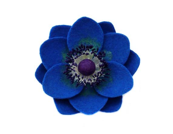 Felt flower brooch Blue Anemone
