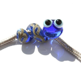 Snake worm glass charm bead lampwork big hole bead BHB bead , charm bracelet ,european bracelet , jewelry animal bead glass dread bead