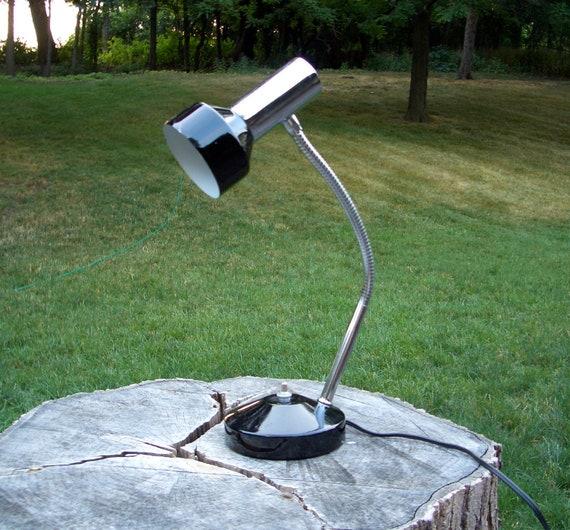Mid Century - Black Metal Task Table Lamp