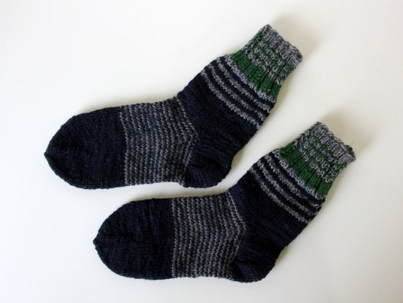 Excellent in hiking or country boots, beautiful hand knit wool socks for men, large US mens size 8.5-9, EU size 42-43