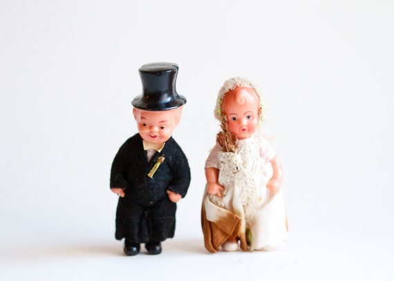 Antique Little Wedding Cake Toppers - Bride and Groom with Jointed Limbs