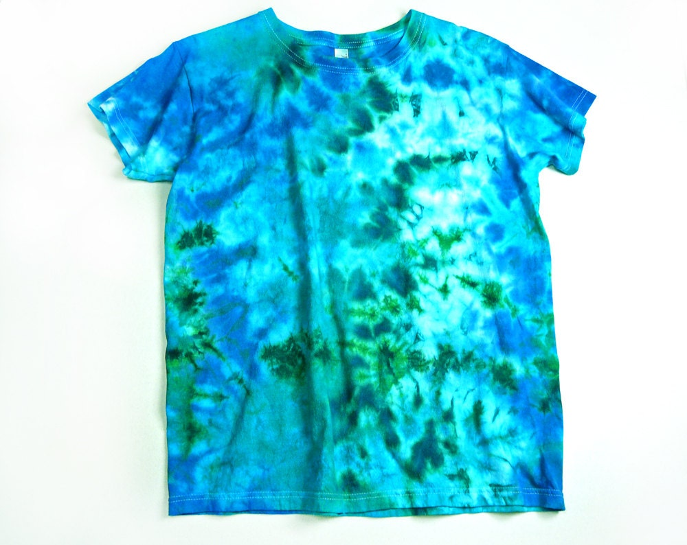 Ladies Tie Dye Shirt Ocean Colors Design Eco Friendly Dyeing