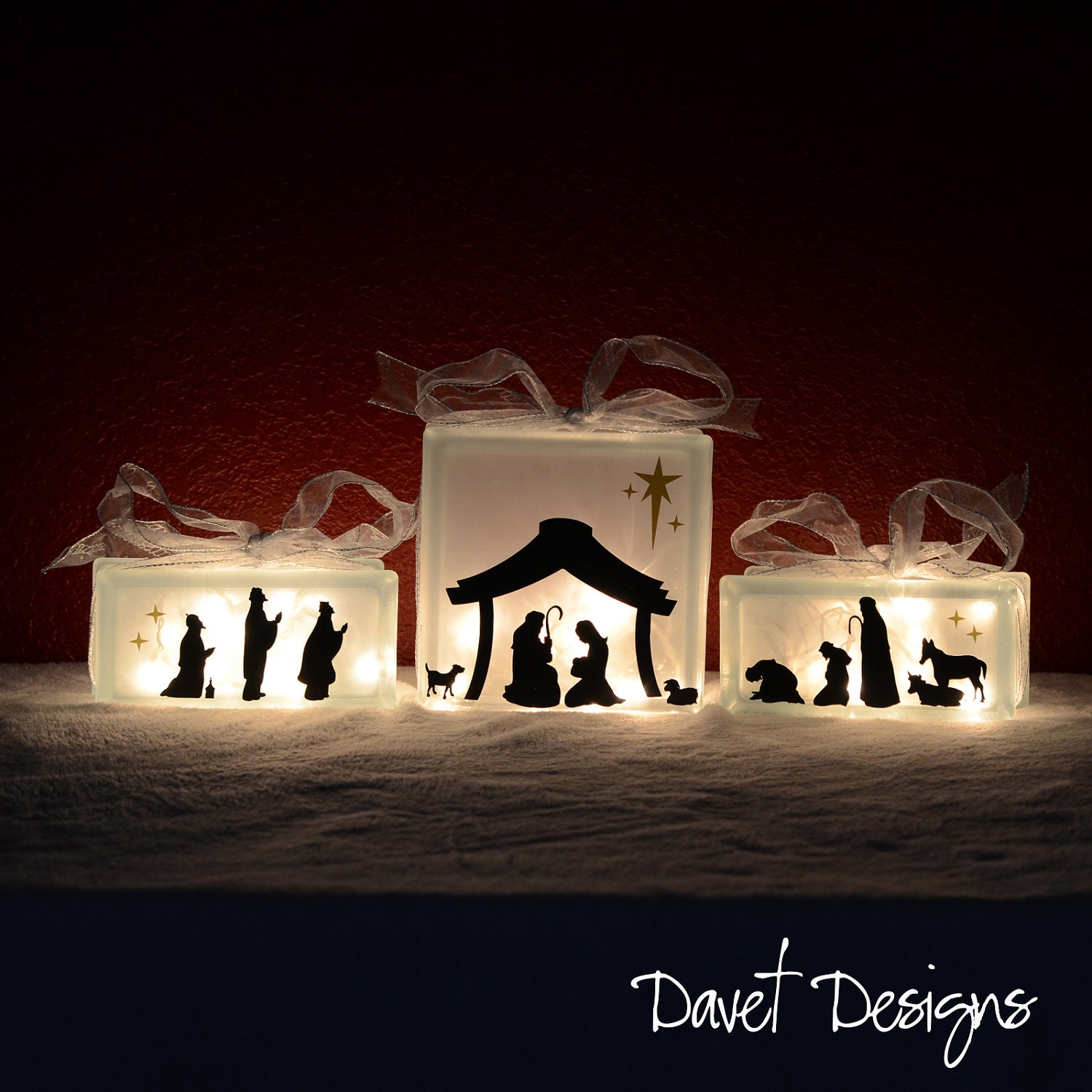 nativity scene vinyl lettering fits perfect on 8x8 inch