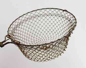 French collapsable wire strainer