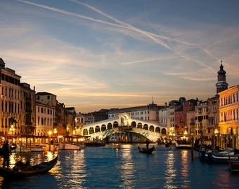 Sunset Venice print, Rialto bridge at night, Canals of Venice, modern wanderer print, Rialto bridge, couples getaway, Venice architecture