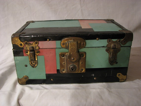 Mid Century Metal Doll Trunk Loads of Vintage Doll Clothes
