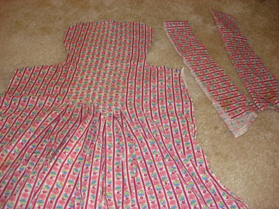 vintage apron  CLEARANCE NOW 50% OFF