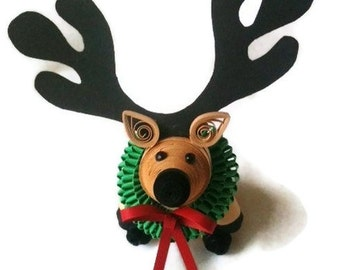 Reindeer Christmas Ornament, Reindeer Decoration, Christmas Decor with Wreath Paper Quilled Art