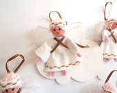 Angels White and Gold decoration five in pack
