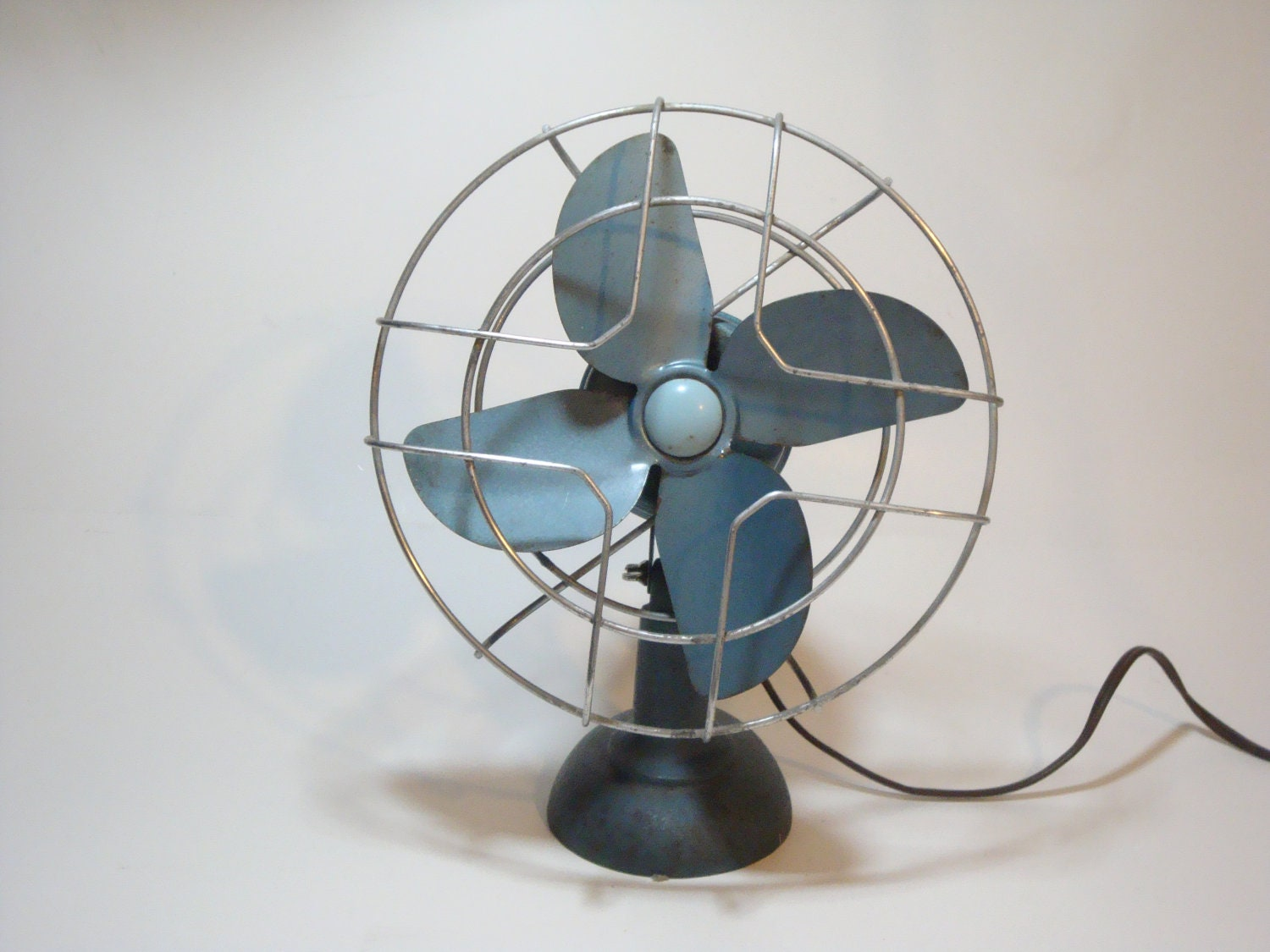 Vintage Desk Table Fan by DayDaysFiveandDime on Etsy #466F85