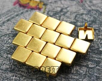50Pcs 8mm Gold Flat Square Studs (JFQ08)