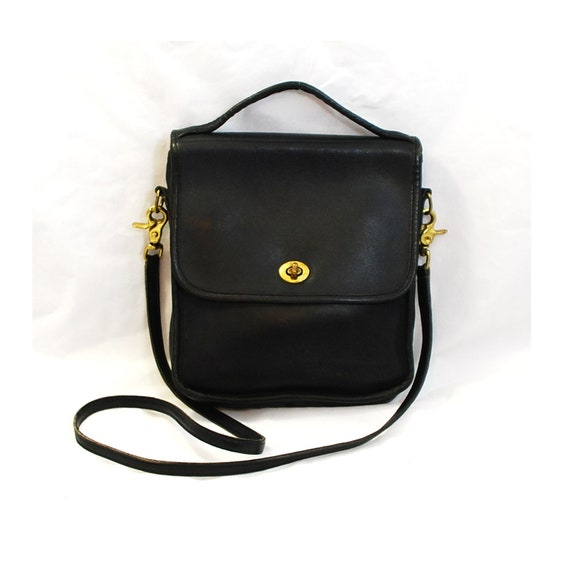Vintage Laura USA Crossbody Shoulder Hand Bag in Black Leather  - Free Shipping