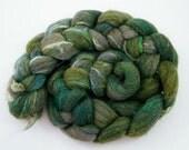 Green Shetland Roving- Spinning Fiber- Shetland Silk-  Ivy Cottage 100g 1053