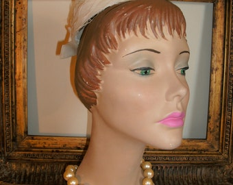 Vintage 1950's Small White Hat