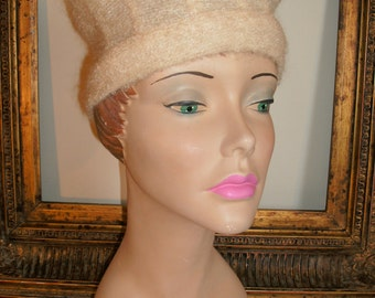 Vintage 1960's June Avery Ivory Colored Soft Knit Hat
