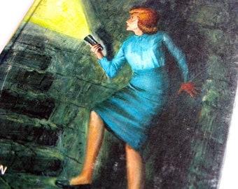Elegant Vintage Childrenu0027s Classic Hardcover Book Nancy Drew Mystery Stories: The  Hidden Staircase