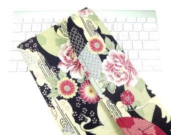 Japanese Wireless Keyboard Sleeve Apple keyboard Case Padded Flap Closure Kimono pattern fabric crane black