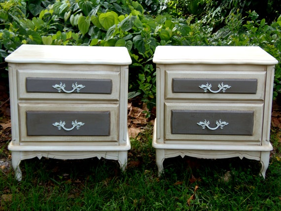 Vintage Set Nightstands French Country Nightstands Paris Apartment End Tables Country Curvy Cottage Shabby Chic Nightstands Design Du'Jour