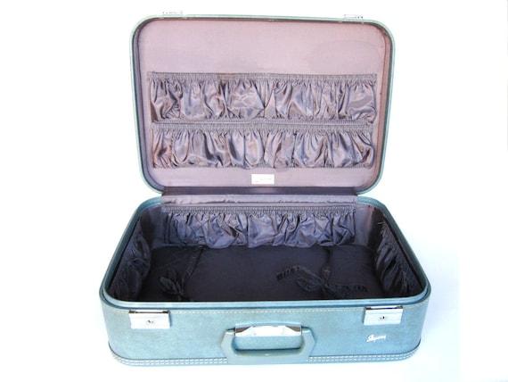 Vintage Suitcase - Light Blue Skyway
