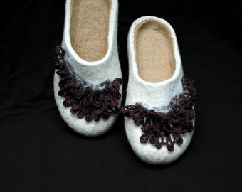 Felted slippers White handmade brown crochet for women - Eco fashion - natural wool - 100% wool - Gift for her - Felted clogs - woolen clogs