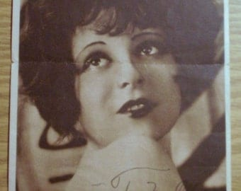 Early Autographed Photo (from magazne or press photo release) Clara Bow 1925