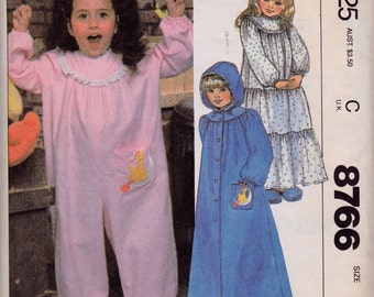 McCall's 8766 Sesame Street Children's Nightgown, Jumpsuit, Robe and Blue Transfer for Applique and Embroidery Pattern, UNCUT, Size 6