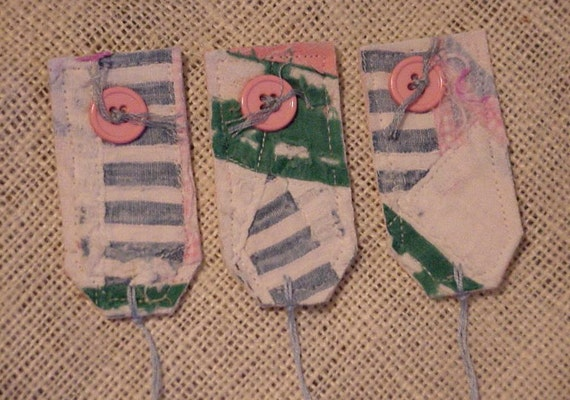 Vintage Quilted Tags, Patchwork Tattered Prim Fabric Everyday All Occasion Gift Wrap Tags,Party Favor Labels w/String Tie Ons itsyourcountry