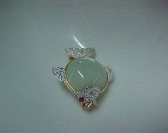Vintage Jadeite Fish Brooch with Diamond Accents 14K Yellow Gold, 15MM