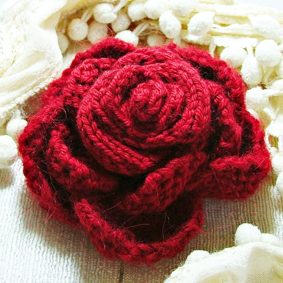Corsage Brooch Scarlet Red Rose Hand Knitted Pure Wool Mother's Day Valentine