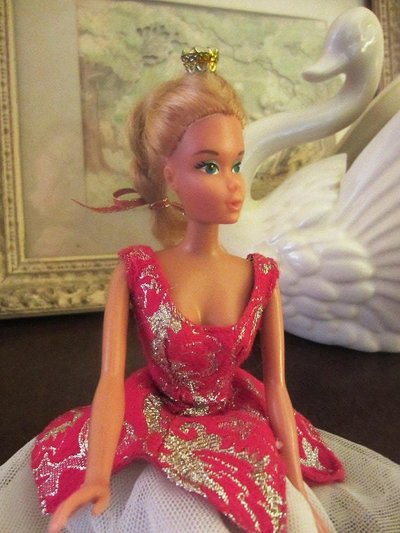 Barbie Doll Ballerina Ballet Doll in Princess Aurora Costume and Gold Crown Sleeping Beauty 1975 Mattel