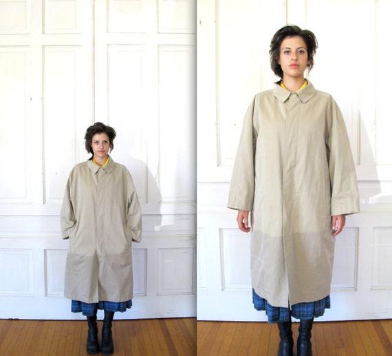 Vtg 90s Minimalist Oversized Khaki Trenchcoat / Beige Unisex Jacket