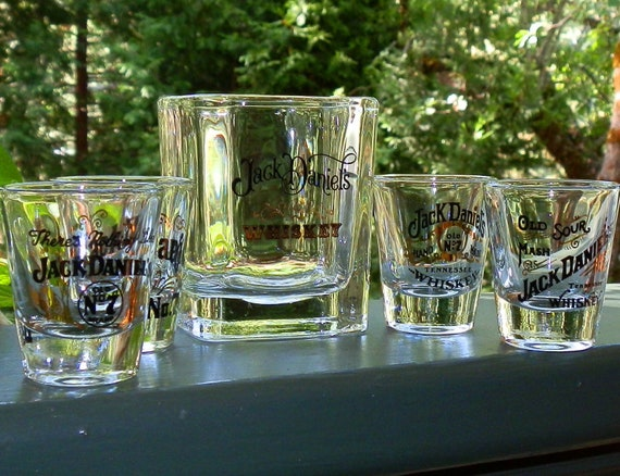 vintage jack daniels whiskey verre verre collector set. Black Bedroom Furniture Sets. Home Design Ideas