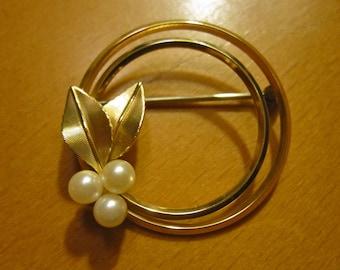 Vintage Krementz Rolled Gold Overlay Genuine Akoya Pearl Circle Brooch -  VG.